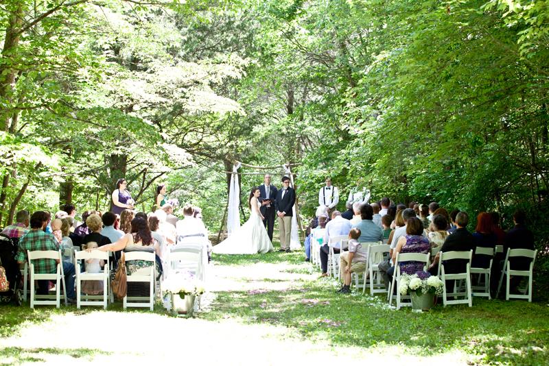outside-wedding-photographer