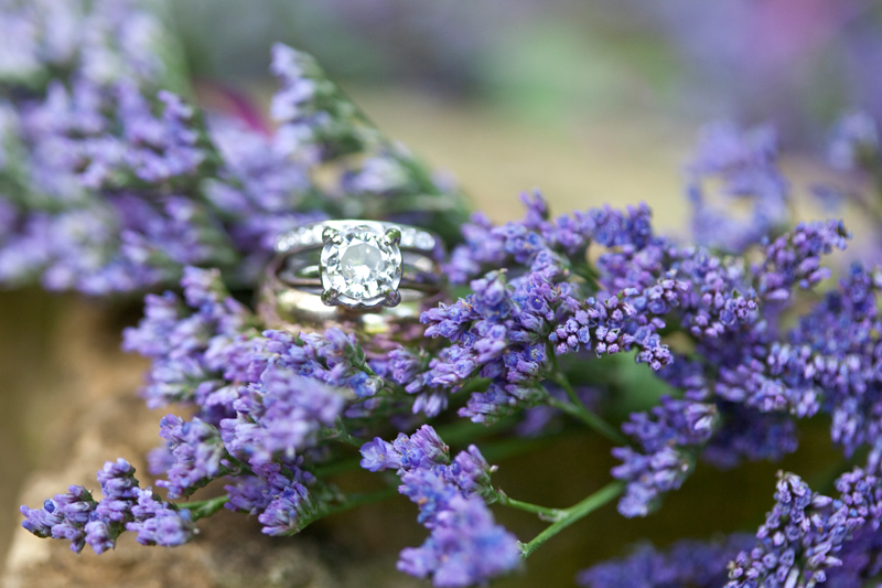 wedding-ring-photograp